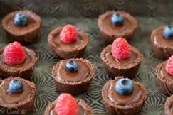 Fudgy Chocolate Tarts Horizontal