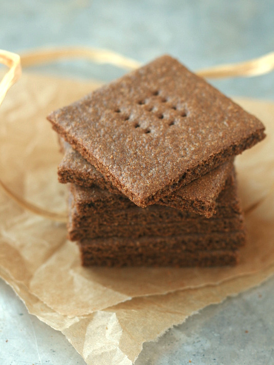 Whole Wheat Graham Crackers - Deliciously Organic