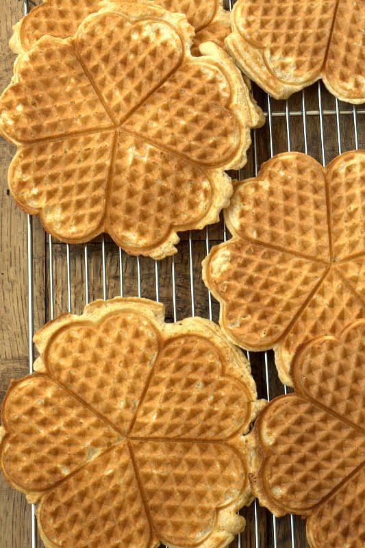 Whole Wheat Waffles via DeliciouslyOrganic.net