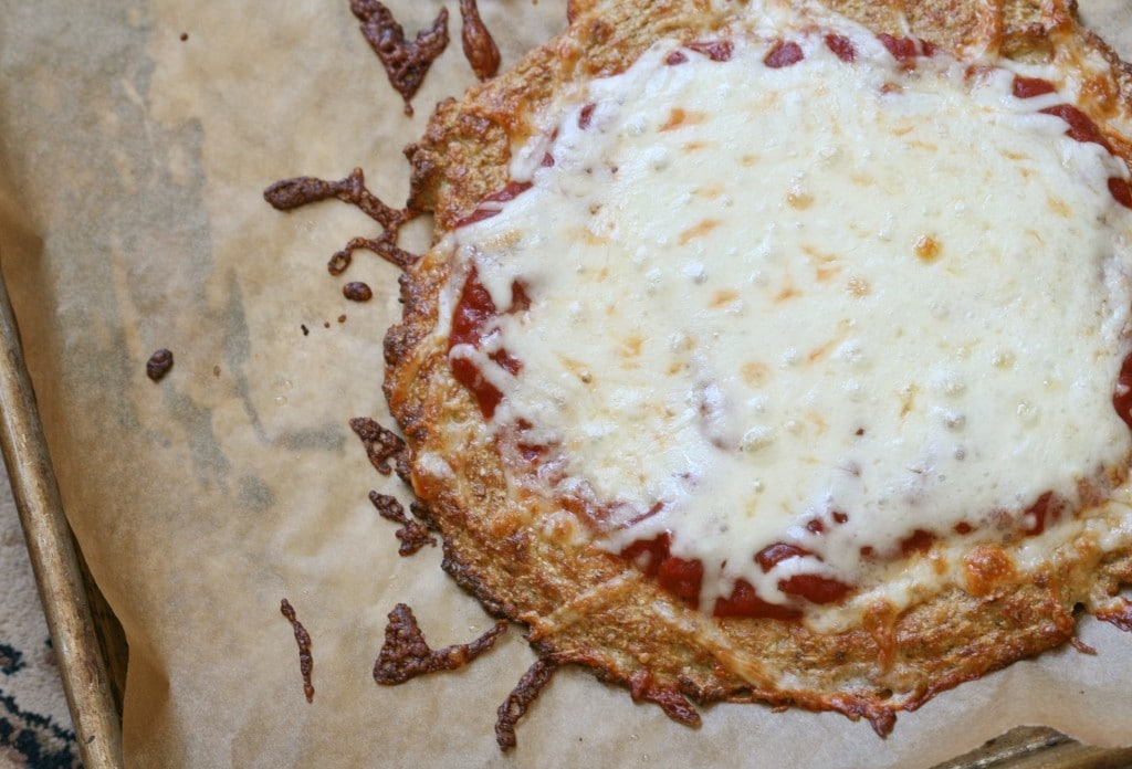 Cauliflower Crust Pizza via DeliciouslyOrganic.net #grainfree