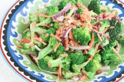 Broccoli Salad with Bacon and Raisins II