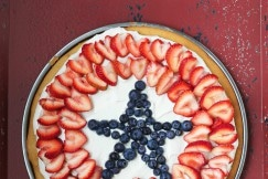 Fruit Pizza (Grain-Free, Paleo) via DeliciouslyOrganic.net