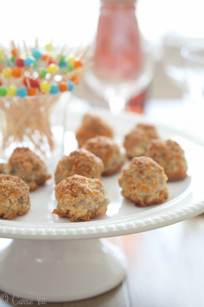 These grain free sausage balls are super easy to make! No Bisquick in sight! Sooo good!