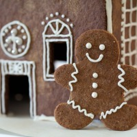 Grain-Free Gingerbread Men & Gingerbread House (Paleo)