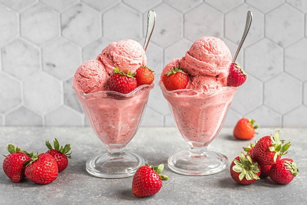 Strawberry Sherbet (dairy-free)