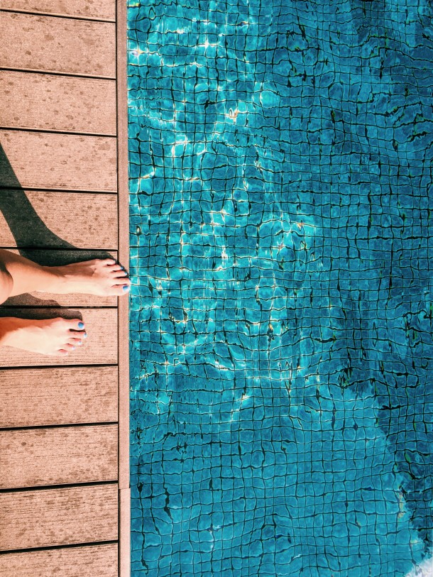How Swimming Pools, Tap Water, Fluoride and Bromide Effects the Thyroid
